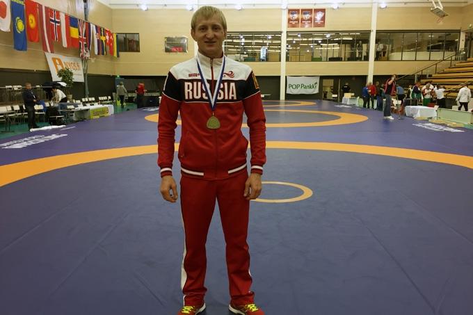 Александр Серебринников стал пятикратным чемпионом мира по греко-римской борьбе