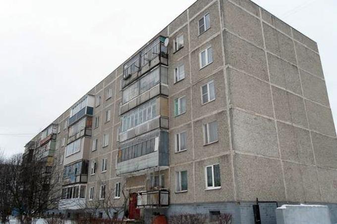 В кургане пьяный мужчина упал из окна 5 этажа shadr.info.
