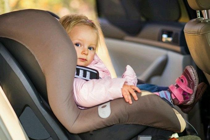 В ПДД внесены изменения. Они касаются перевозки детей-пассажиров в салонах автомобилей