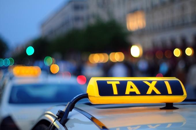 Курганская и Челябинская области будут взаимодействовать в организации перевозок легковым такси