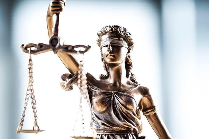 В Кургане к 9 годам лишения свободы приговорена закладчица