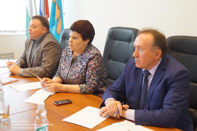 В администрации города обсудили новую систему обращения с отходами