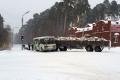 Водитель грузовика допустил столкновение с рейсовым автобусом