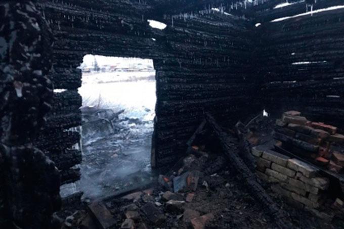 В праздничные дни в регионе в результате пожара погибли двое человек