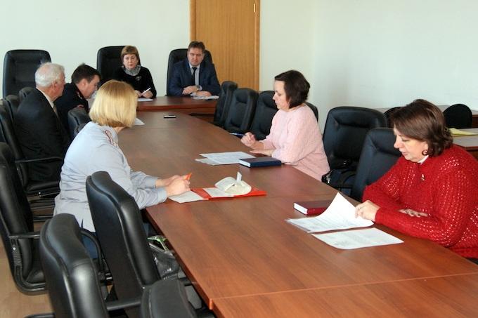 В администрации Шадринска подвели итоги работы с лицами, вышедшими из колоний