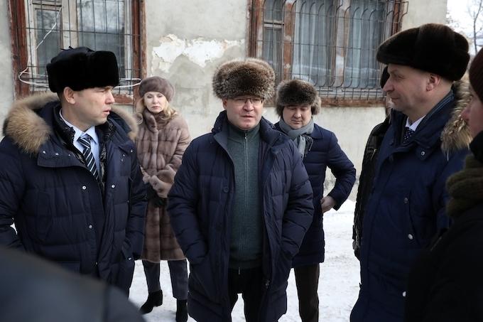В Зауралье прибыл глава Минстроя России Владимир Якушев