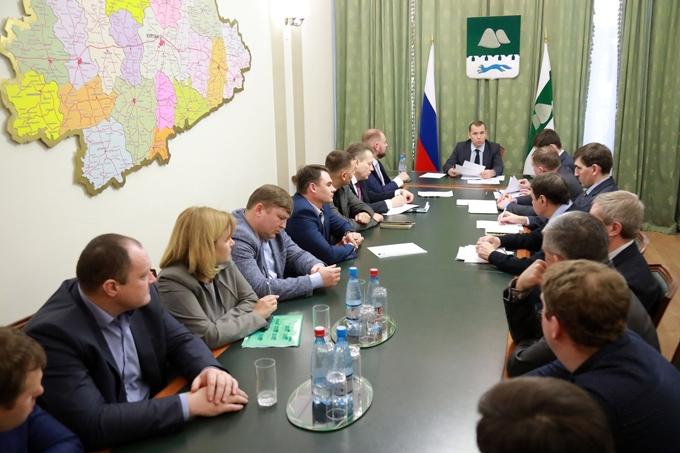 Вадим Шумков обсудил с застройщиками развитие жилищного строительства