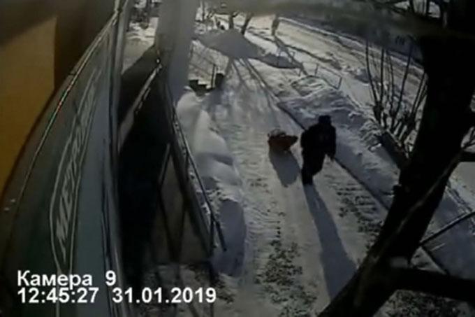 Мужчина убил продавщицу и украл продукты питания