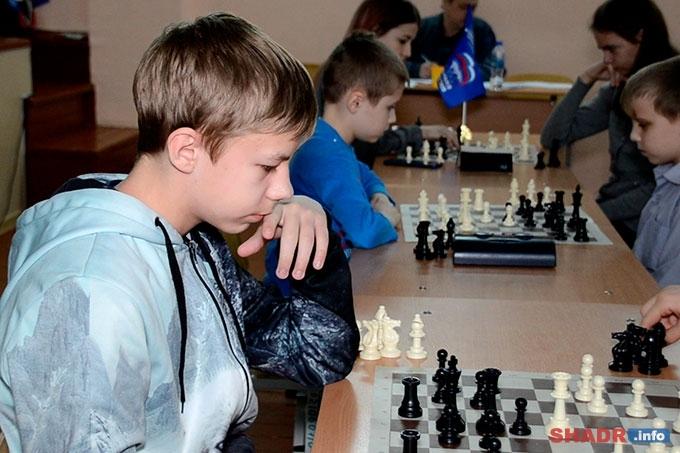 «Шахматный всеобуч» — турнир среди школьных команд Шадринска