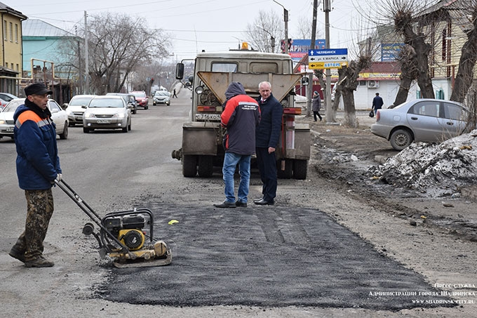 Ремонт дорог и противопаводковые мероприятия на контроле администрации Шадринска