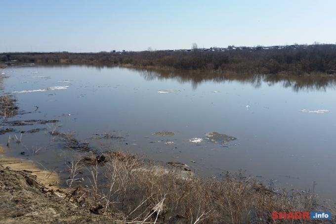 Подъём уровня воды в реке Исеть достиг одного метра