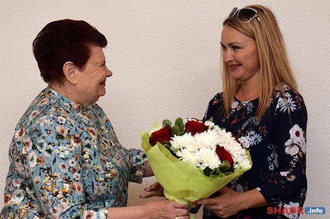 Наталья Коробцова получила знака отличия «Материнская слава»