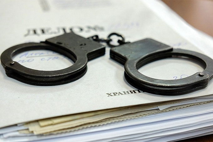 Женщина похитила у знакомого сотовый телефон