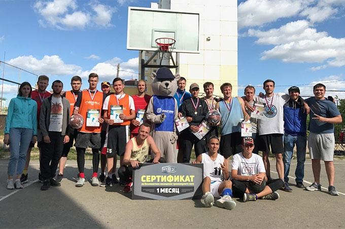 """Победу в """"Стритболе 3х3 - 2019"""" одержала команда из Каменска-Уральского"""