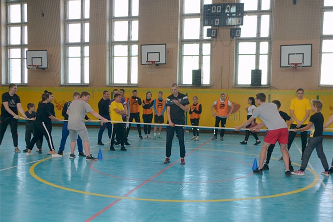 Горячие линии, массовые зарядки с чемпионами и веселые старты: Шадринск присоединился ко дню трезвости