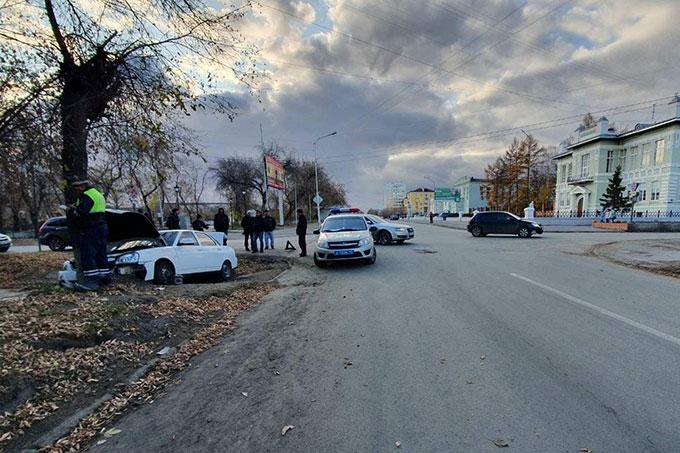 В Шадринске в ДТП пострадал водитель легковушки