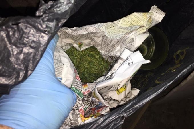 У жителя Шадринска изъято 2 килограмма марихуаны и другие наркотики