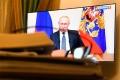 Продление выходных, дополнительные полномочия Губернаторам: Президент России обратился к нации