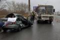 В Кургане водитель легковушки врезался в автобус