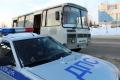 Полицейские ограничили движение пассажирского транспорта