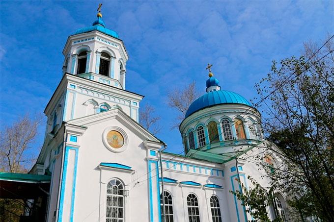 Жителям настоятельно рекомендуют воздержаться от посещения церквей