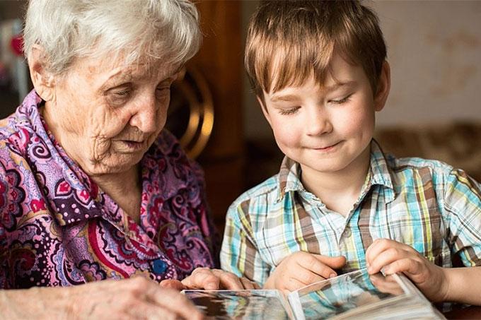 Пенсионеры-опекуны начнут получать страховую пенсию с учетом индексации