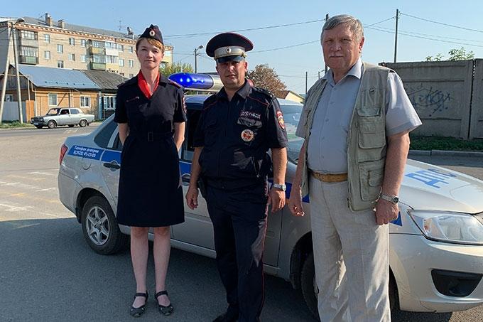 Полицейские и общественники приняли участие в профилактическом мероприятии «Безопасное лето – детям!»