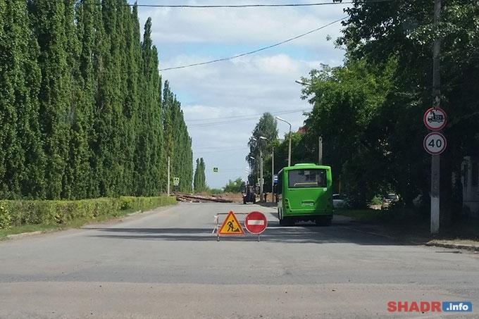 Часть улицы Свердлова перекрыта для движения транспорта