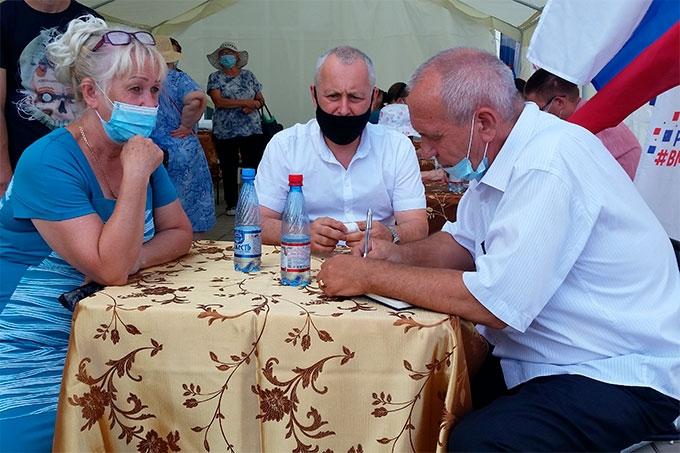 В Шадринске впервые провели общественную палату на открытом воздухе