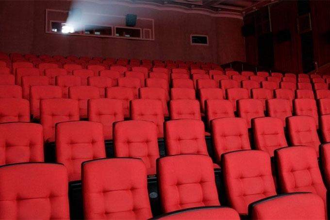 В Курганской области возобновляют работу театры и досуговые заведения