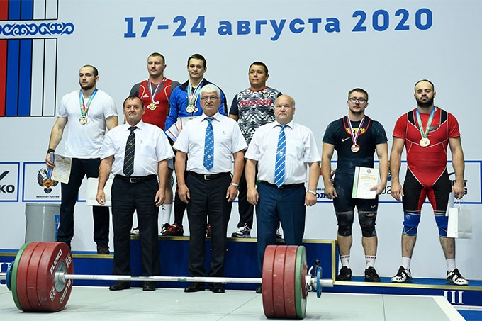 Александр Кибанов - лучший на Чемпионате России по тяжелой атлетике