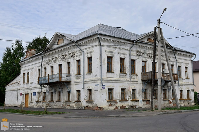 В Шадринске начались масштабные работы по реконструкции 13 объектов культурного наследия