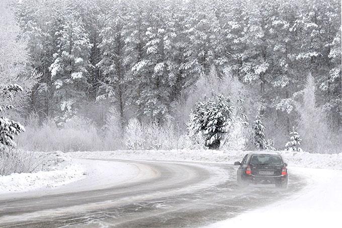 Штормовое предупреждение: Прогнозируют сильный снег, метели