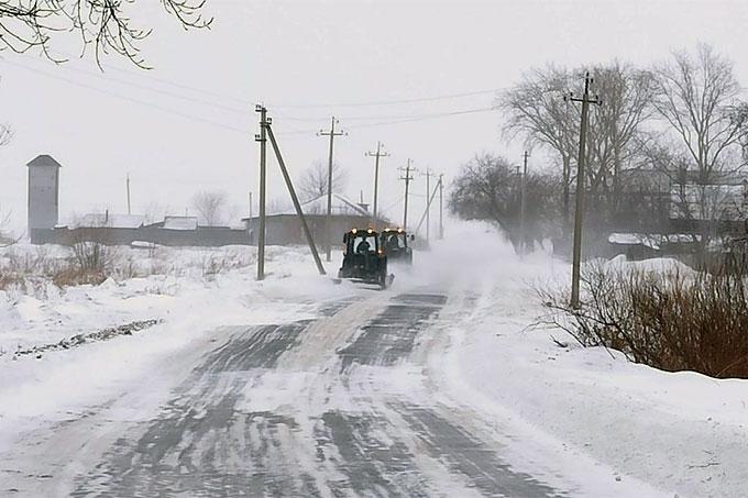 На уборку снега с улиц города круглосуточно выходит 35 единиц техники