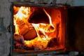 Мужчина сжег в печи своего внука