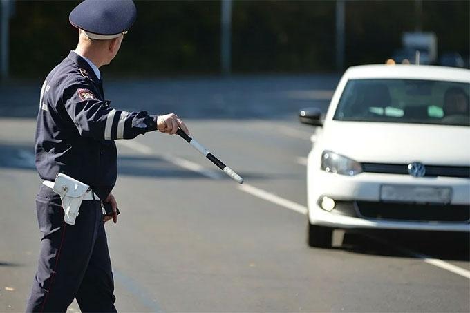 Более сотни водителей были отстранены от вождения транспортом