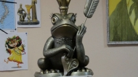 Скульптура царевны-лягушки в Шадринске