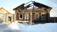 Пожар на ул.К.Маркса 5 в Шадринске