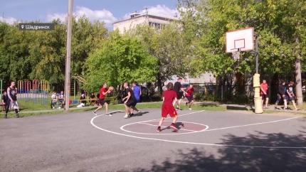 Турнир по уличному баскетболу в День города