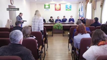 Встреча представителей власти с бывшими сотрудниками ШТЗ