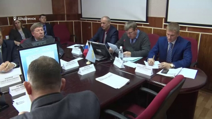 Шадринская городская Дума откладывает принятие решения по Семеновой