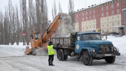 Очистка снега и вывоз мусора